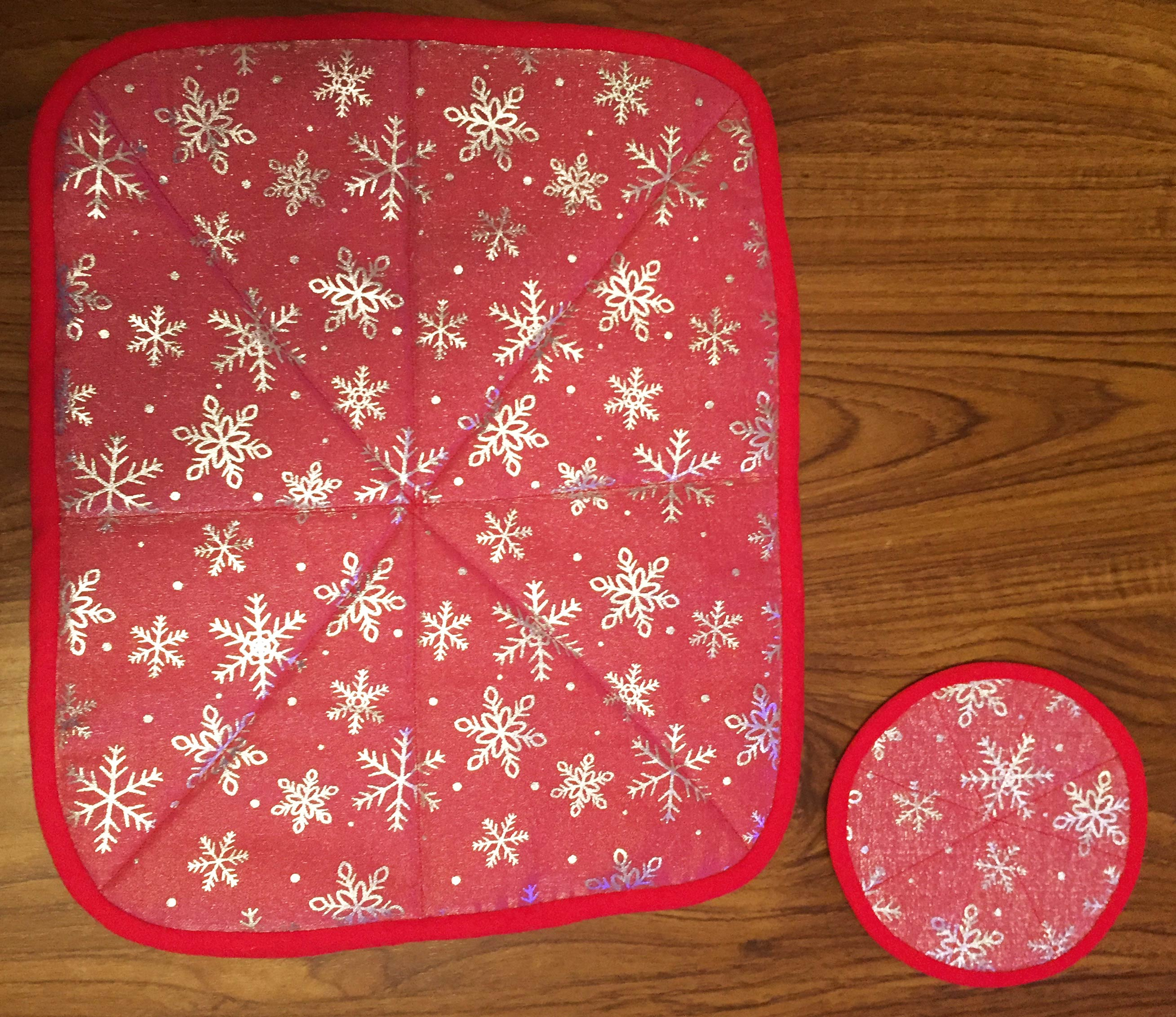 snowflake-table-mat-and-coaster